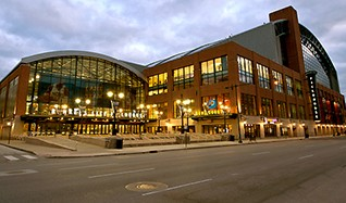 Detroit Pistons at Indiana Pacers Tickets tickets at Bankers Life Fieldhouse in Indianapolis