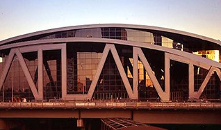 Phoenix Suns at Atlanta Hawks Tickets tickets at Philips Arena in Atlanta