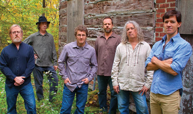 Railroad Earth / Bruce Hornsby and the Noisemakers