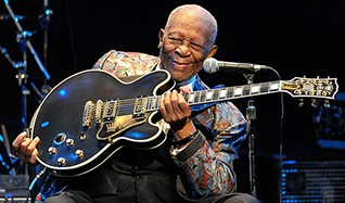 B.B. King tickets at The Warfield in San Francisco
