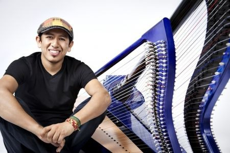 Dude, just come see what Edmar Castañeda can do with jazz on the harp. Born in 1978, in Bogotá, Colombia, Castaneda took his humble but imme