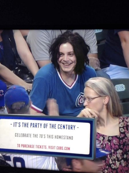 Reddit has fun with Jack White, angry Cubs fan (photos)