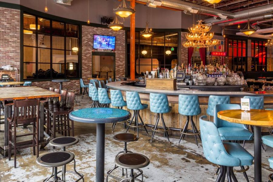 Best first date restaurants in Denver for every dating style