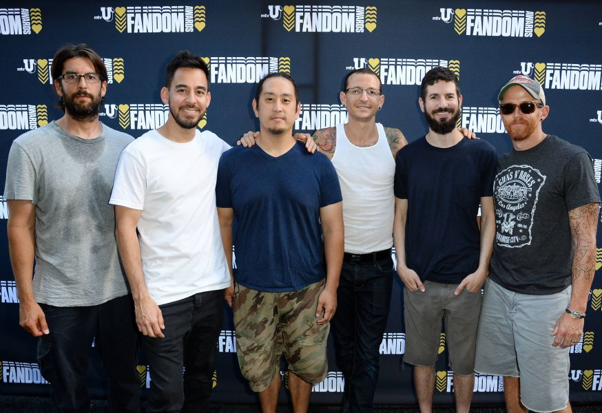 Linkin Park closed the Fandom Awards during Comic-Con; 'Veronica Mars' wins big