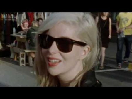 Alvvays premieres new video on Noisey, plus tour details