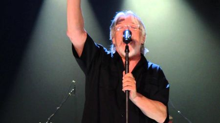 "Hometown favorite Bob Seger debuts ""Detroit Made"" single before new Fall album"