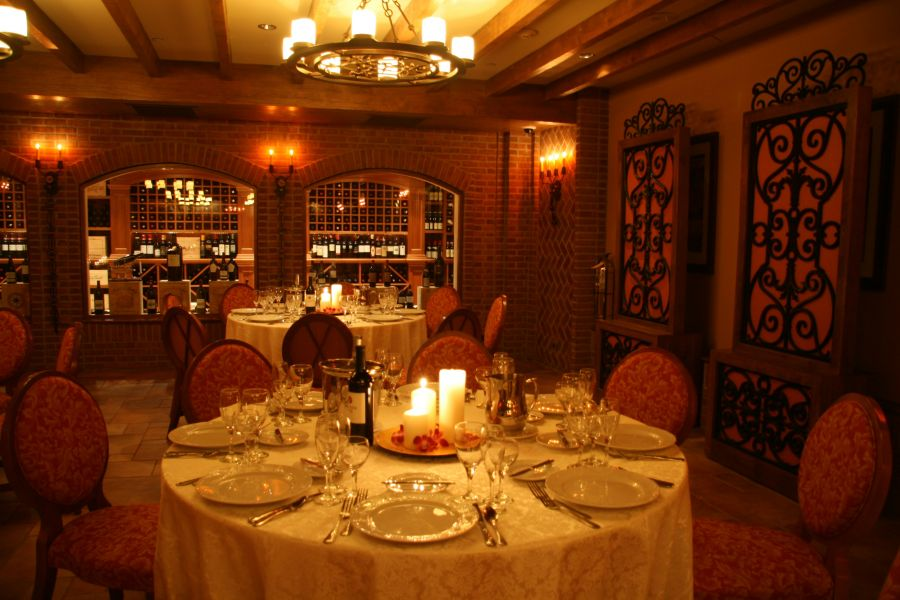 Experience new york city with romantic dining in queens axs for Best romantic restaurants nyc