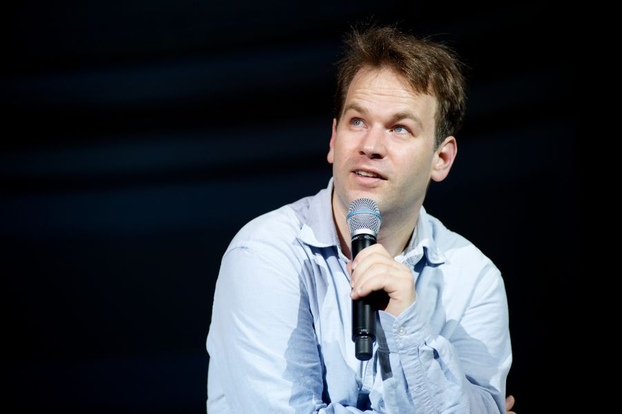 'Thank God for Jokes': Comedian Mike Birbiglia's latest tour