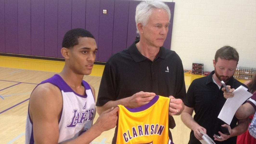 Los Angeles Lakers officially sign rookie guard Jordan Clarkson