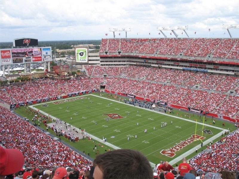 Bad weather survival guide to tailgating at Raymond James Stadium