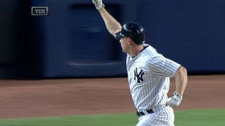 Ninth-inning home runs give the New York Yankees a 5-4 win ...