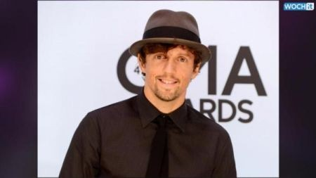 Jason Mraz 'Is Ours' at the Benedum