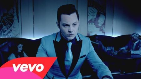 Turns out Jack White was just joking about that whole Foo Fighters thing