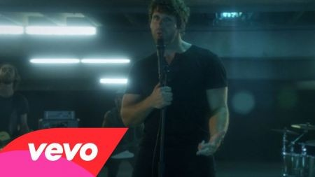 Billy Currington wraps up 2014 tour at Billy Bob's Texas