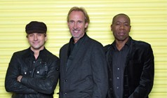 Mike + The Mechanics tickets at Best Buy Theater in New York
