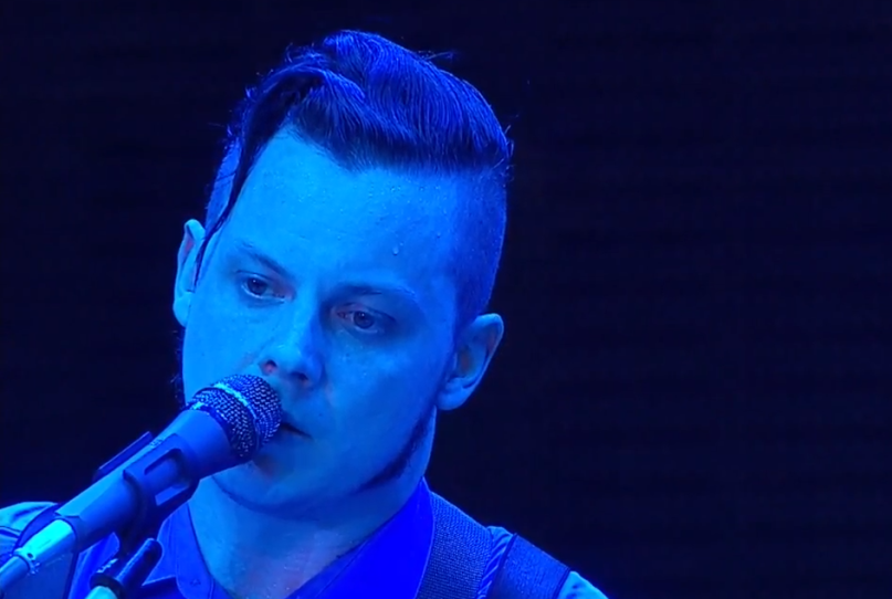 Jack White's music, haircut steal show at Farm Aid