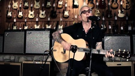Art Alexakis of Everclear takes his solo show on the road