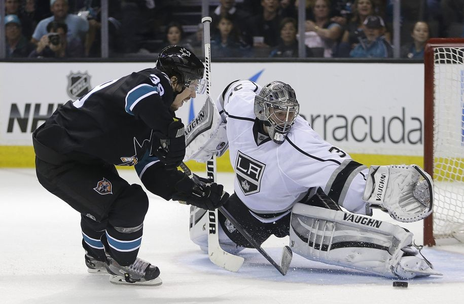 Kings showing no signs of Stanley Cup hangover
