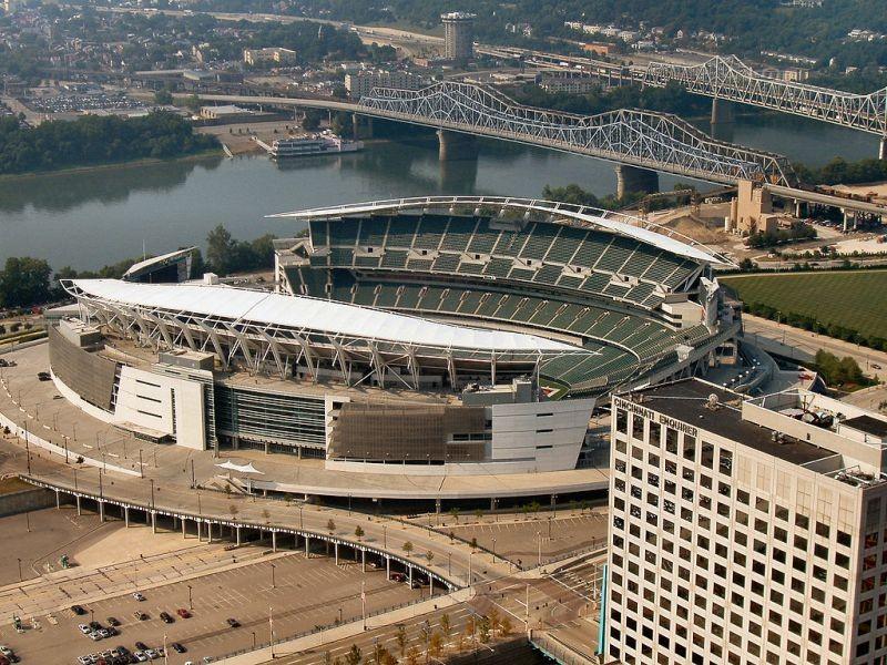 Cincinnati Bengals take on Baltimore Ravens at home