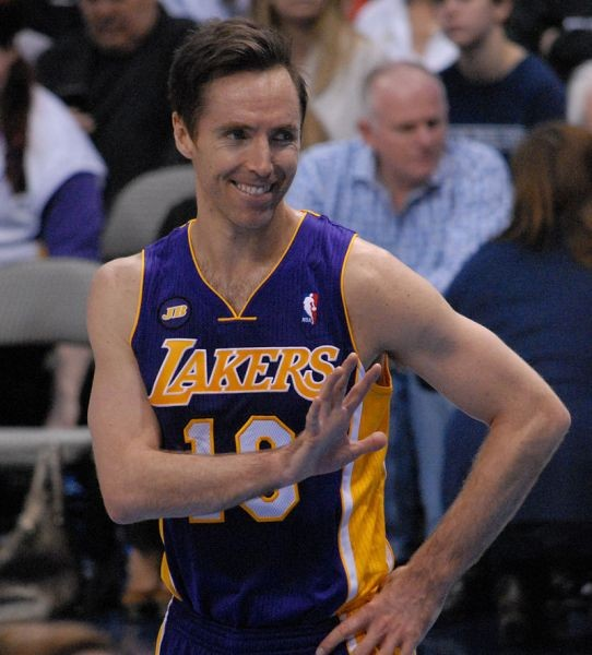 Steve Nash set to miss entire 2014-15 NBA season due to recurring nerve damage