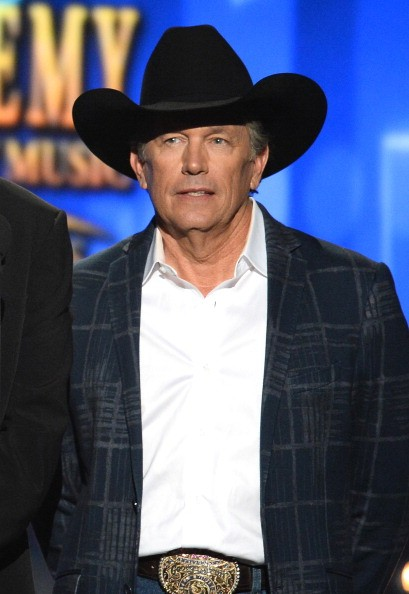 George strait wins 39 entertainer of the year 39 at academy of for Academy of country music award for video of the year