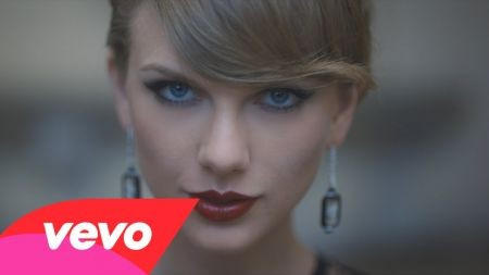 Taylor Swift succeeds herself on Hot 100; '1989' still no. 1 on albums chart
