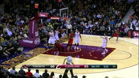Cavaliers blow huge lead, devoured by Raptors 110-93