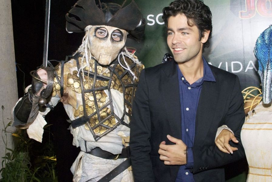 In Photos: Star-studded red carpet Mexican premiere for Cirque du Soleil's Joyá