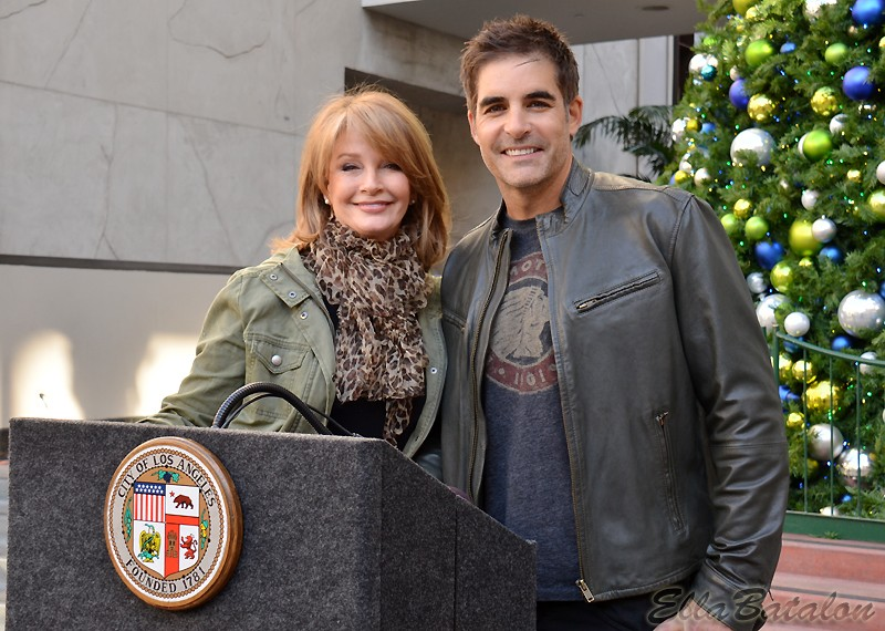 Hollywood Christmas Parade honors producer of first feature-length movie
