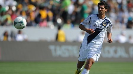 Omar Gonzalez finishes third for the MLS Defender of the Year award