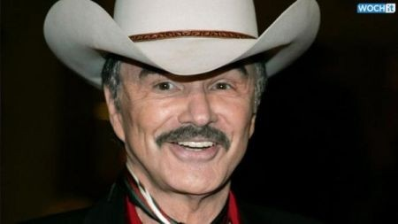 Actor Burt Reynolds is broke and auctioning off his famous memorabilia