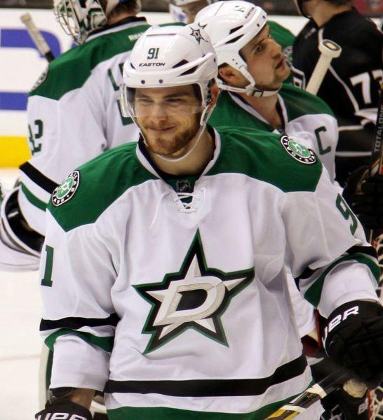 Stars beat Oilers 3-2