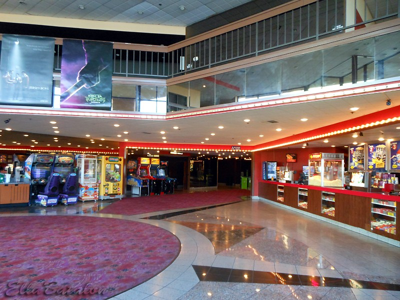 Best Three Bargain Cinemas In The Southland Axs