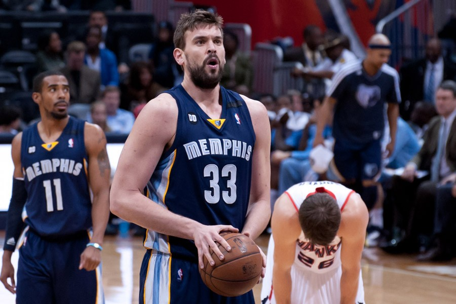 Lakers star Kobe Bryant says Grizzlies center Marc Gasol 'has it all'