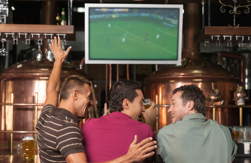 Best bars to watch Thanksgiving football in Atlanta