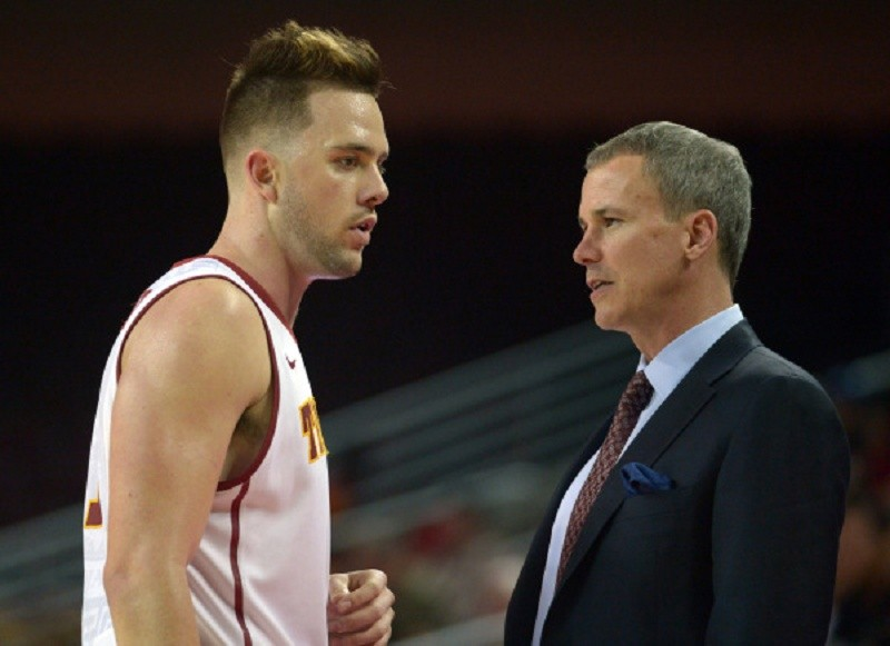 Young USC basketball team searching for identity