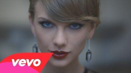 Taylor Swift still tops Billboard chart, plans California concerts