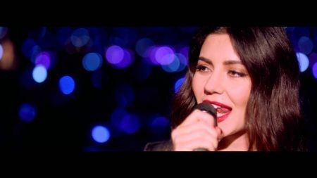 Marina and the Diamonds shines in acoustic video for Happy
