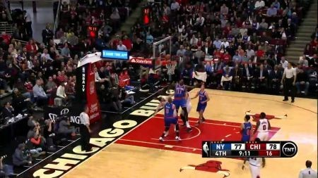 Short-handed New York Knicks make a game of it, still lose 103-97 to the Bulls