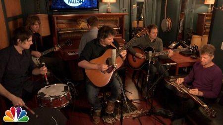 Wilco wins listeners' hearts