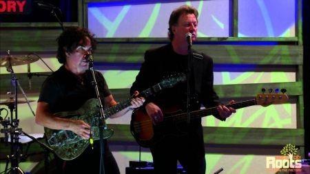 John Oates of Hall & Oates announces solo tour dates