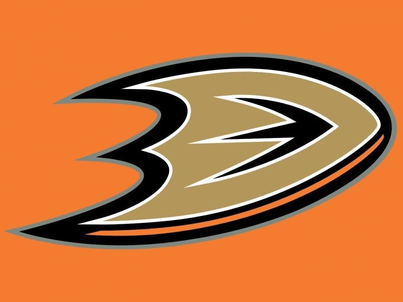 Ducks beat Montreal to maintain best record in NHL