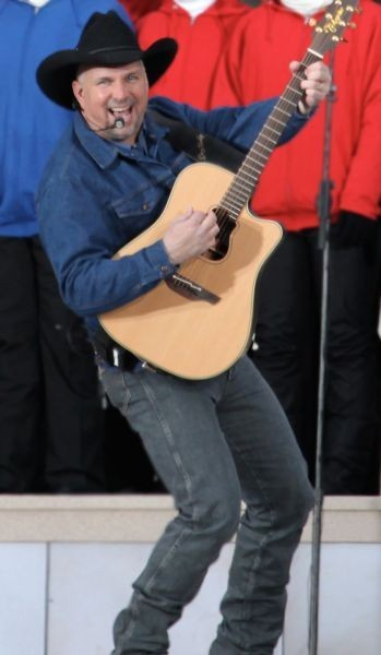 Garth Brooks is spending a lot of time in Detroit in 2015