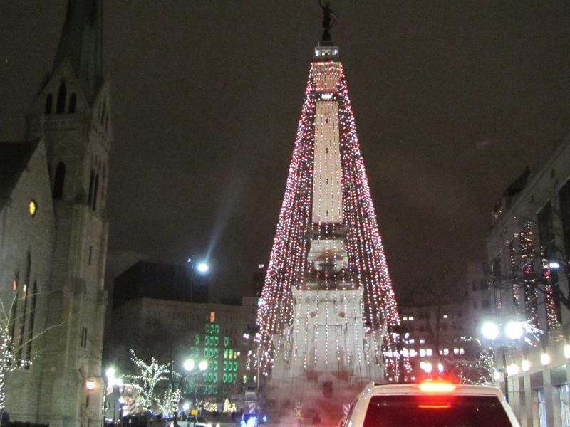 Best holiday events in indianapolis axs for Tree lighting indianapolis