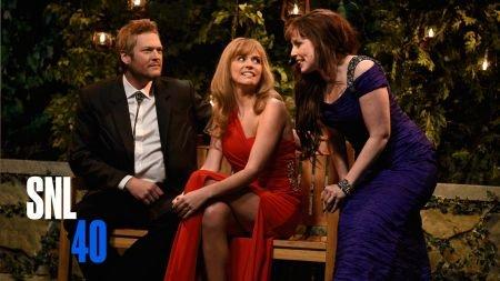 Blake Shelton impresses on Saturday Night Live double duty
