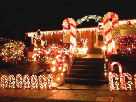Candy Cane Lane Christmas Decorations Enchanting Candycanelaneoptimized_54B5785Fc588E 450×337 Pixels Inspiration Design