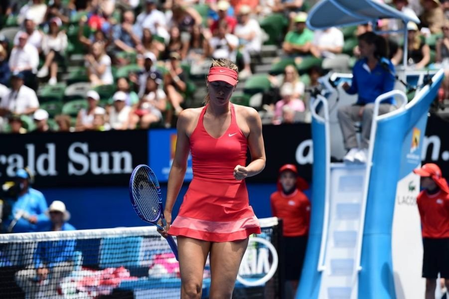Sharapova plays perfect second set over Peng to advance to quarters