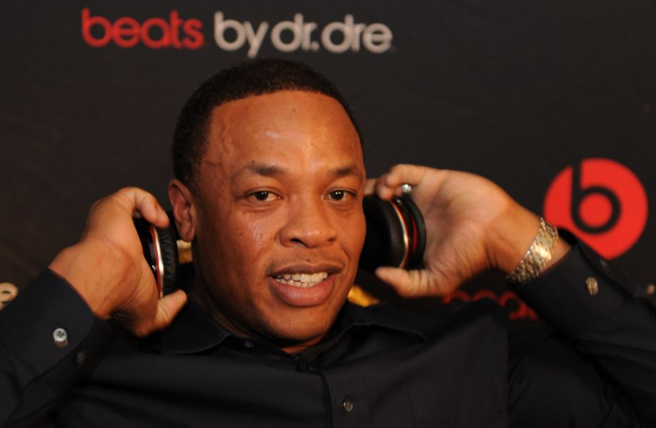Dr. Dre purchases house from Patriots QB Tom Brady