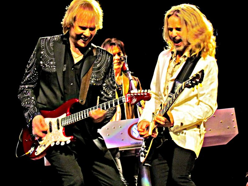 Styx puts on blue-collar show at San Antonio Stock Show and Rodeo