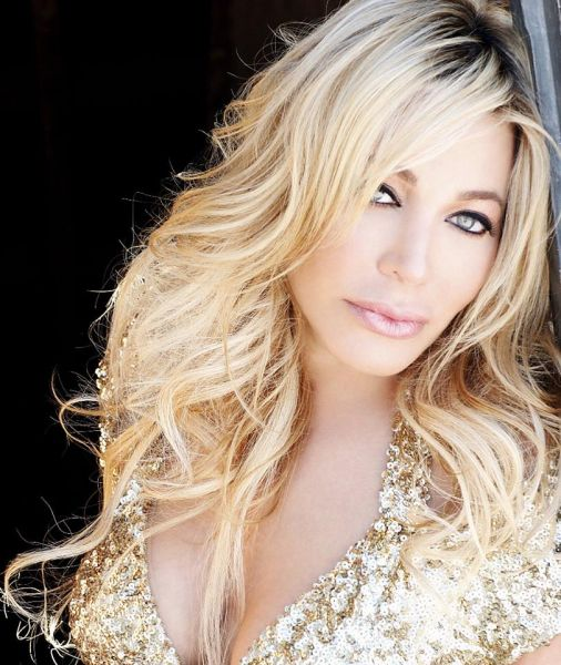 Pop superstar Taylor Dayne to perform at Musikfest Café in Bethlehem, PA